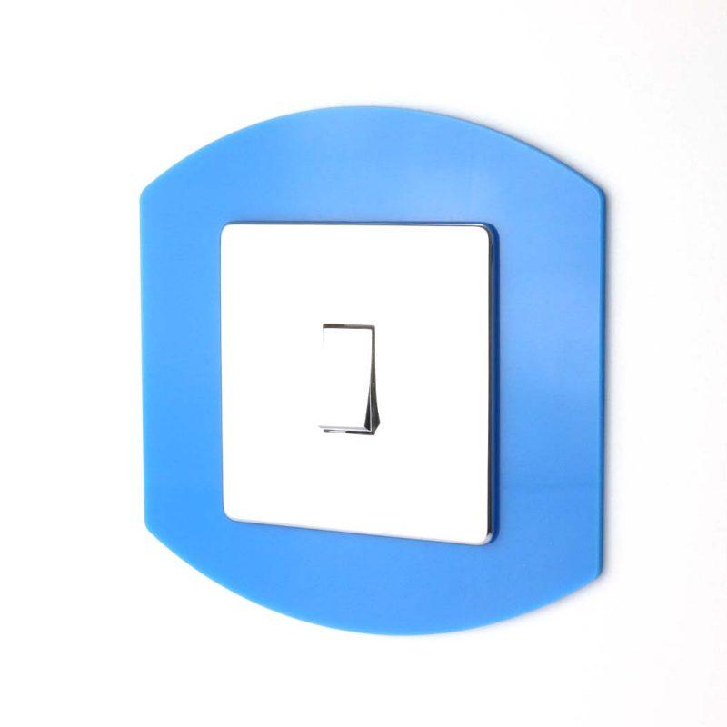 Single Oval Acrylic Socket Surround Blue Acrylic